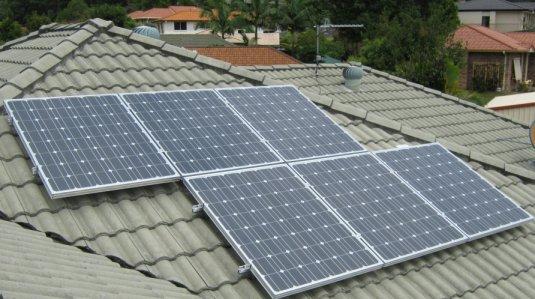 Solar Power Elanora - Bill's Sharp 1.08kW PV system