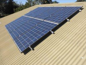 Solar Power Beechmont - Lester's 1.96 kW Solar Power System