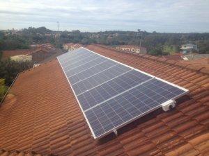 Solar Power Merrimac - Julie's 2.5kW Solar Power System