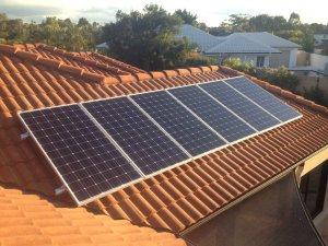 Solar Power Arundel - Wayne's 2.4kW Solar Power System