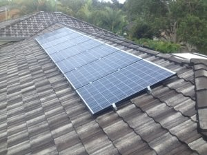 Solar Power Worongary - Barry's 4.9kW solar power System